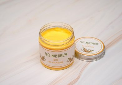 DIY face moisturizer recipe with anti-aging sea buckthorn oil