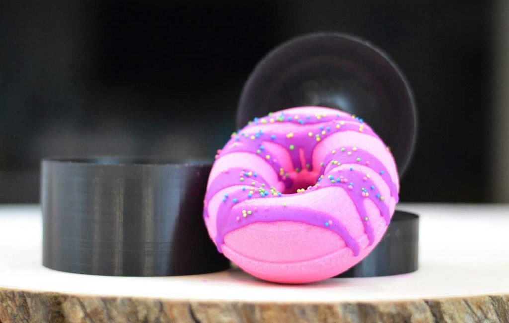unique indie full doughnut mold for bath bombs