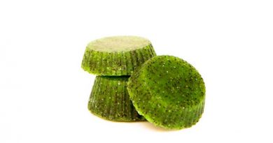 Kiwi DIY scrub soap bars with poppy seeds