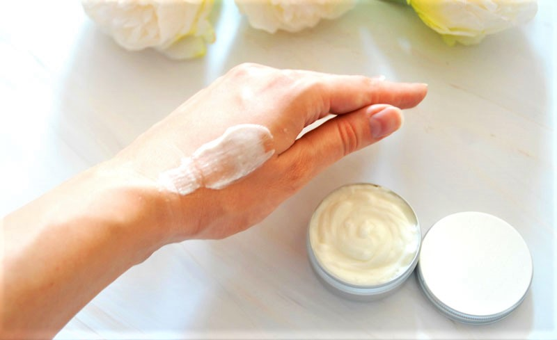 non-greasy texture of the hand cream